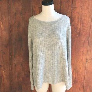 Old Navy Light Gray Crewneck Sweater
